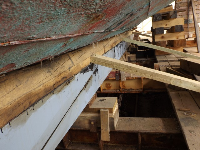 Here is the new keel under the forward section of the hull.