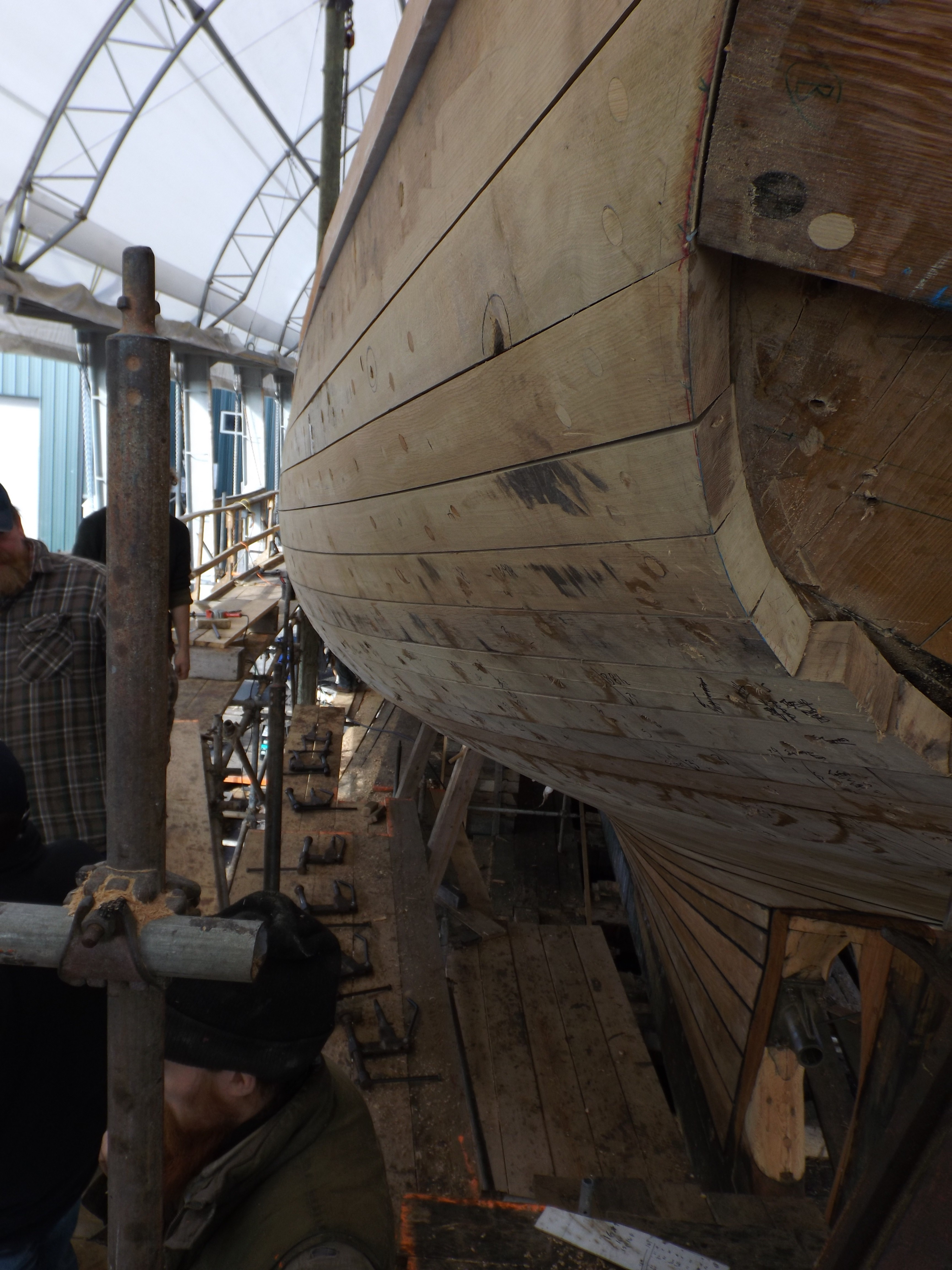 The ends of the last few planks will be trimmed and then the transom can be finished.