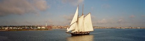 Ernestina outbound from New Bedford, credit R. Morin